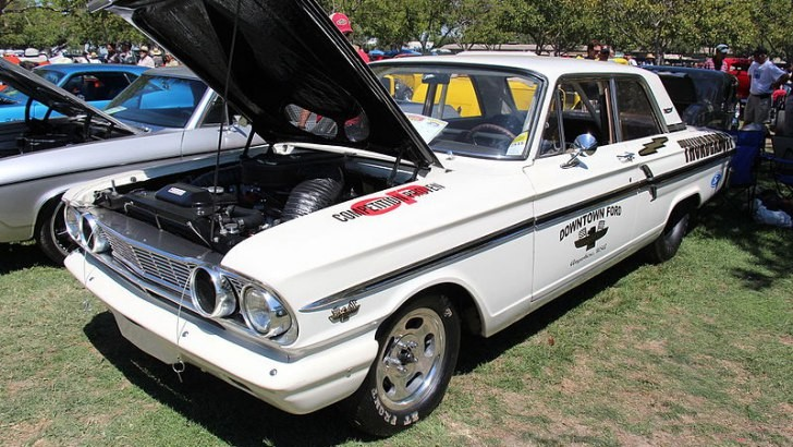 QUIZ: Most Iconic Cars of the 1960s