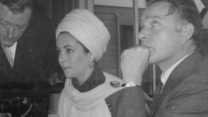 Daily Trivia (September 18, 2021) Elizabeth Taylor and General Knowledge Quiz Featured Image